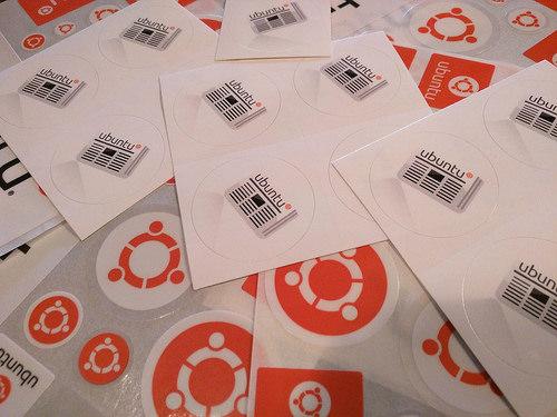 UWN stickers